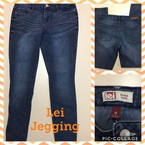 LEI EMMA JEGGING SIZE 9R. EXCELLENT CONDITION